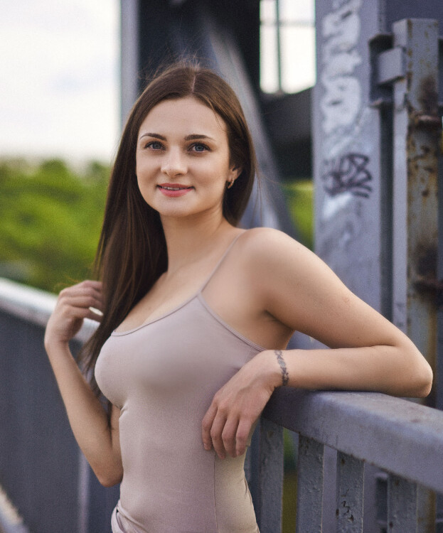 Vicky foreign bride search